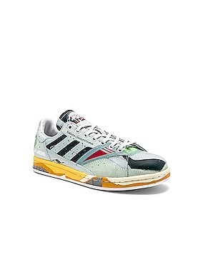 Torsion Stan Sneaker