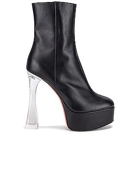 Dua Glass Boot