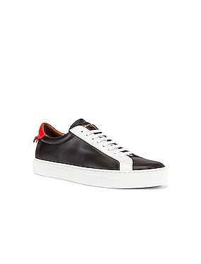 Urban Street Low Top Sneaker