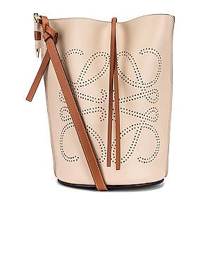 Gate Bucket Anagram Bag