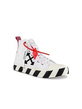 Mid Top Sneaker