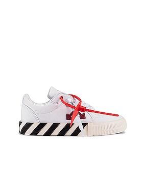 Canvas Arrow Low Vulcanized Sneaker