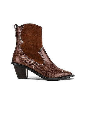 Western Wave Boots