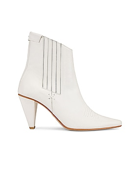 Pointed Chelsea Slim Boots