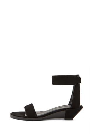 Vika Wedge Sandal