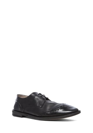 Stiro Leather Wingtip Shoes