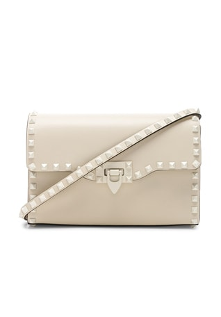 Medium Rockstud Shoulder Bag